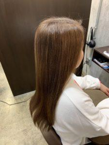 まとまりのある縮毛矯正をかけた髪